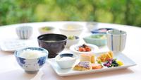 ★飲み放題付き★中国料理(グレードアップコース)×バイキング×日本料理★1泊3食の贅沢ステイ