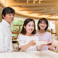 「東京サマーランド」フリーパスチケット&バイキングディナー♪土日祝は蟹も無料!【2食付き】