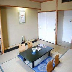ちょっと広めの12.5畳現代和風の和室
