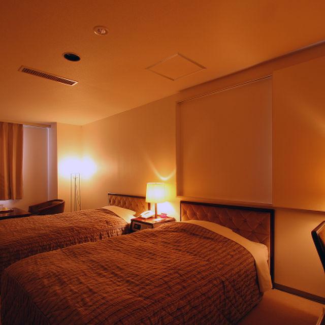 【軽朝食無料】広々ユニット!ツインルーム!!快適ホテルライフプラン♪(50歳以上におススメ)