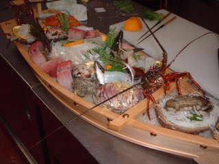 【さき楽】早めの予約でポイント5倍!豪華舟盛コースがお安く!〜アワビ・うに・その他鮮魚盛りだくさん♪