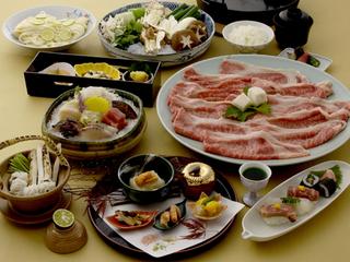 美味満載!特選神戸牛すきやき orしゃぶしゃぶ〈鍋会席・お部屋食〉