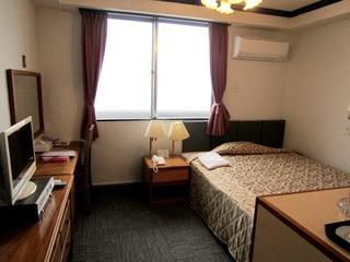室数限定販売!出張応援!広々ベッドのシングルルーム