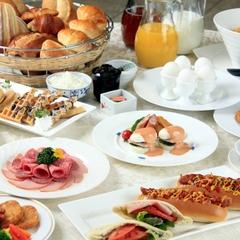 【早割28×朝食付】28日前予約でお得に!約40種類の朝食和洋バイキング♪【さき楽】