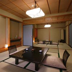 【自慢の日本庭園を望めるスタンダードタイプ】本館8畳〜12畳