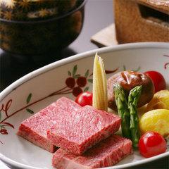 深い味わいとまろやかな脂質が魅力のブランド和牛「山形牛」の贅沢ステーキプラン