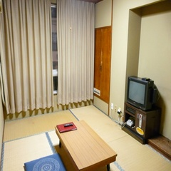 和室4.5畳 ●Wi−Fi接続可/大浴場あり/駐車場無料●