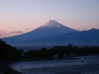 大瀬岬、富士山眺望。新鮮な海の幸を満喫。 地物の豪華舟盛プラン!