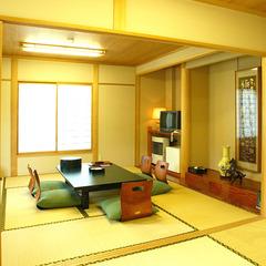 【本館】2間和室(8畳+8畳)/2〜3階 喫煙可