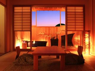 木漏れ日テラス陶器風呂付き「ごろりひとやすみの間」10畳和室