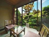 庭園側和室 10畳【禁煙ルーム】