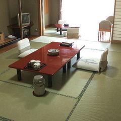 和室(12+4.5畳又は10+6畳)バス+温水洗浄トイレ付