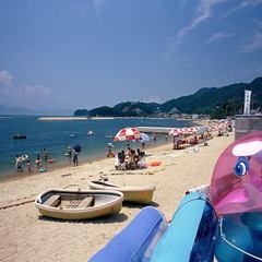 【夏休み!】ビーチプラン♪海の家無料休憩券・パラソル・レジャーシート付!《個室食》