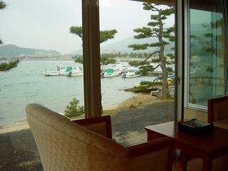 夕食は食事会場★松林に囲まれた天橋立と海の見えるお部屋no3