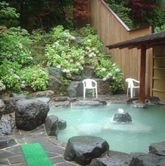 特選山形牛!すき焼き又はしゃぶしゃぶプラン★天然温泉の露天風呂