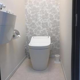 パナソニックのアラウーノタンクレスタイプ(室内手洗い付き)
