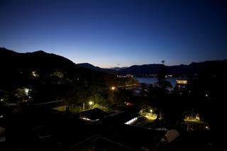 【人気の海側洋室指定】≪嚴島神社と山海の風情溢れる眺望≫島内でも希少な眺めを独り占め(夕朝食付)