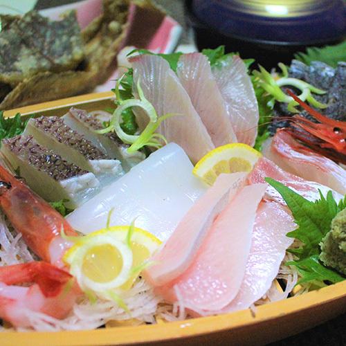 【不動の人気プラン】春夏は舟盛り!秋冬は海鮮鍋♪New満腹海鮮プラン