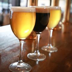 【木曜限定★出来立ての味を楽しむクラフトビールの日】飲み放題&みんなでごはん♪