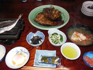 【源泉】朝から地魚の煮付けありでしょ♪1泊朝食付プラン♪ 料理自慢の漁師の宿