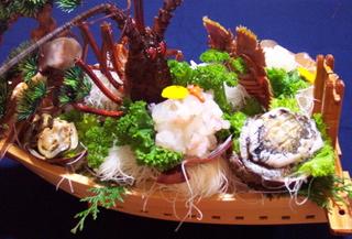 【家族同室】【グループ旅行】4名様以上でお泊り★◎得まな板・舟盛プラン♪料理自慢の漁師の宿
