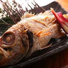 2018 一度は食べたい!【活イカ姿造り+カニ宿の夏会席】のど黒塩焼付☆平日宿泊には岩牡蠣プレ!