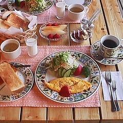 ≪朝食付き≫厚切りのトースト&地物野菜と自家製オムレツ♪テラスの朝食は最高!1泊朝食付プラン