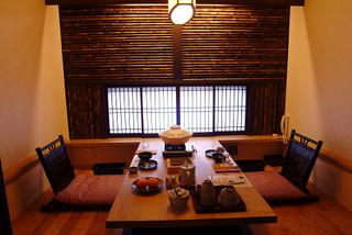 【夏】人気NO1!ぴくぴく動く!ほんのり甘い 活イカ会席◆朝・夕個室食