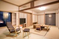 最上階展望フロア【露天風呂付特別室】(10+6畳)川側 禁煙