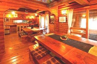 囲炉裏テーブルを囲んで、囲炉裏会席膳(1泊2食)料理自慢のお勧めプラン(部屋数限定)