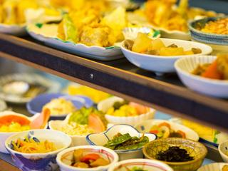 お得な1泊2食付地元農家さん新鮮野菜を使用したレストラン【ご夕食券】+【朝食】+【きれいな天然温泉】
