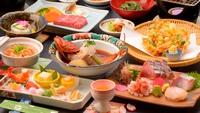 【春翠の膳】飛騨牛の熱々ステーキ、桜えび3品、カサゴ姿煮など、お部屋食プラン【癒しのゆがわらステイ】