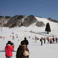 リフト券ご提示で割引☆お得にスキー旅行へ♪送迎付き!「恩原高原スキープラン♪」