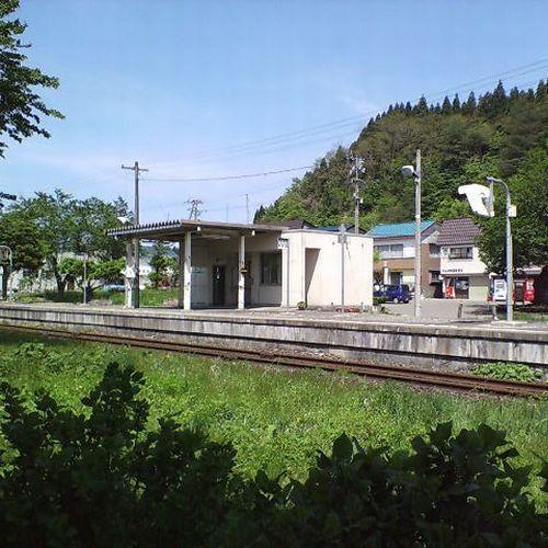 【鉄宿】陸羽東線 中山平温泉駅&走る列車が見えるお部屋をご用意 1泊2食プラン 9畳