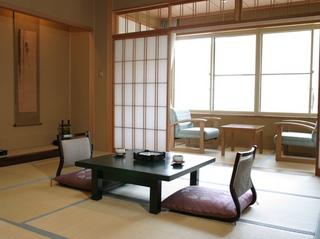 純和風客室(トイレ付)12.5畳令和2年5月14日〜禁煙室