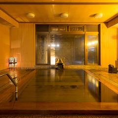 【お日にち限定SALE☆1室最大12,000円引き】季節の食材を使った月替わり会席と天然温泉を満喫