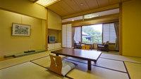 【新館客室】和室10畳(ユニットバス・トイレ付)