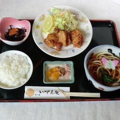 【1泊2食付】いずみ庵さんでの夕食付☆鶏のから揚げ・うどん・そば☆東海道プラン☆