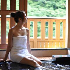 【露天風呂付客室】ディナーバイキング☆熱々ステーキと天ぷら 〜粋彩 SUISAI〜 女性色浴衣付き