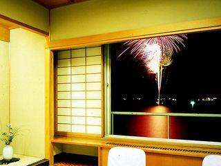 【芝政1DAYパス付】プールに花火にバイキング♪毎日が夏祭り!加賀観光ホテルのサマーバイキング
