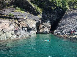 パワースポット☆彡『青の洞窟』&『飛び込み岩』にご案内!シーカヤック&スノーケリング体験付プラン♪