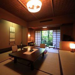 庭園側和室Bタイプ(1〜2階、8畳・10畳)
