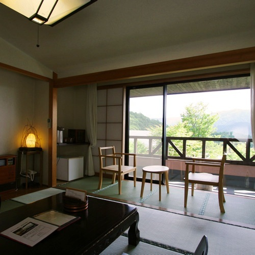 Standard Mountain View Japanese-Style Room with Balcony