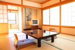 8 畳和室禁煙ルーム(洗浄トイレ・洗面付)2〜4名用のお部屋