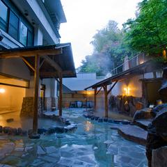 当館人気NO.1★十種の温泉と月替わり創作懐石『基本プラン』