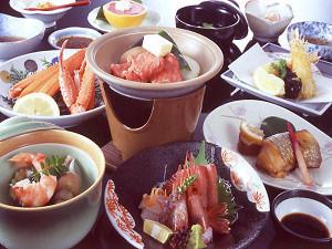 【4月5月6月】ボリュームUP★但馬牛ステーキ&新鮮魚介会席で満腹★お風呂は貸切無料★お食事は個室で