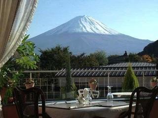 富士山と共に舌鼓♪旬の味わい創作フルコースディナー
