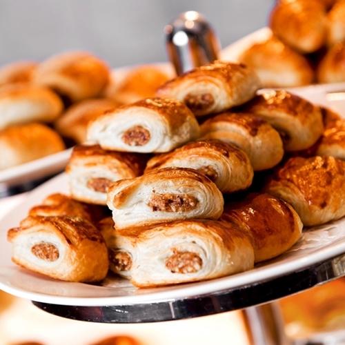 ★10月直前割!★ さらに楽天限定ポイント3倍! ふわっふわの焼き立てパンが人気の朝食付