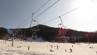【本館】手ぶらでスキー又はスノーボードとズワイガニ食放題付プランひるぜんベアバレースキー+レンタル付