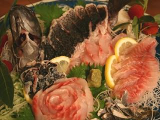 【別邸】◇離れ・露天風呂&テラス付客室◇!少しの贅沢プラン〜伊勢海老BBQ+地魚刺身+金目鯛煮付!